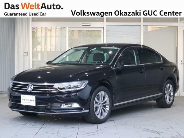 Volkswagen岡崎認定中古車センターにPassat TSI Highline(ディープブラック PE)が入荷しました。