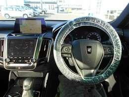 【メーター廻り】 シンプルで飽きないデザイン、運転中も邪魔にならない構造になっているので運転に支障もありません♪