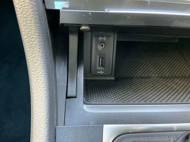 USBポートも完備しています。