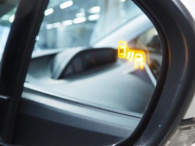 ブラインドスポットモニター付きです。後方の死角になりやすい位置に車がいる時に点灯・点滅して教えてくれます!