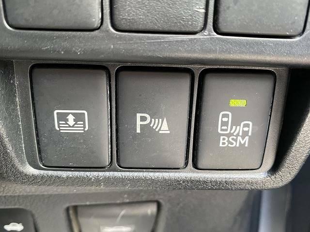 障害物センサー装備で駐車なども安心です