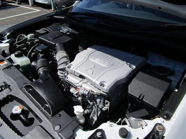 4B11型2000ccガソリンエンジン+ツインモーター4WD