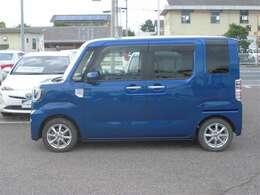 弊社では店頭で車をご確認のうえ、一都六県(埼玉・東京・神奈川・千葉・群馬・茨城・栃木)にお住まいの方のみの販売とさせていただいております。予めご了承ください。