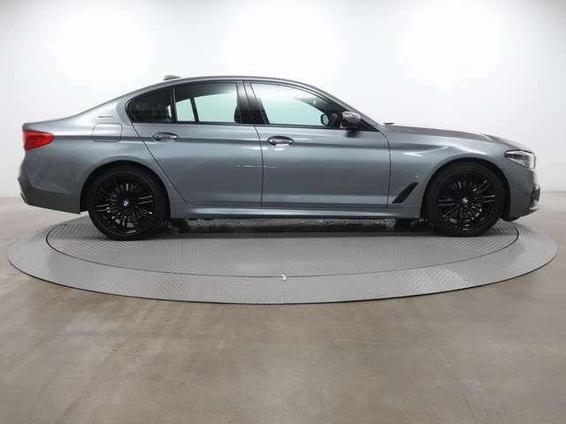 ♪2年間走行距離無制限保証BMW Premium Selection♪エンジンやトランスミッション、ブレーキなどの主要部分はご購入後2年間、走行距離に関係なく保証します。万一、修理が必要な場合は工賃まで含めて無料で対応。