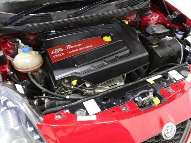 申し分ない程の力を備えたエンジンは男心をくすぐります!!