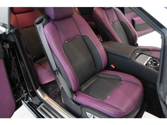 ★助手席シートも使用感は殆んど無くとても良好な状態を保っています★