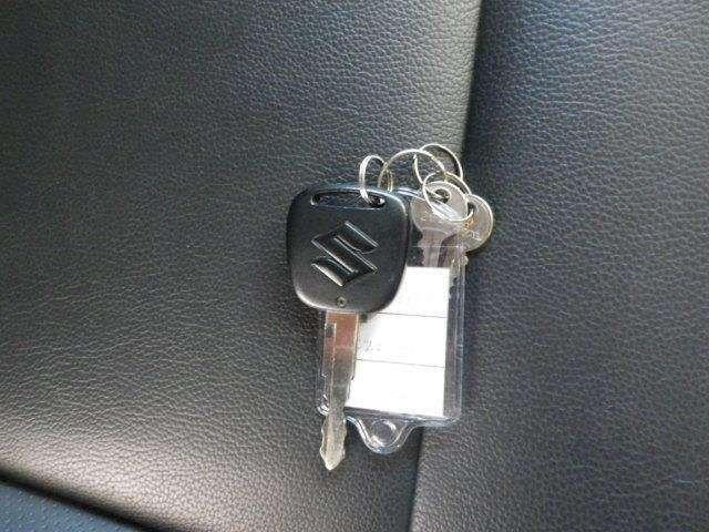 ドアのロック・アンロックもワイヤレスドアロックキーがあれば簡単便利です!