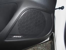 大人気のBOSEサウンドシステムが装備されています!車内のどこにいても前方のステージから音楽が聴こえてくるようなサラウンド空間が魅力です!