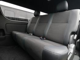 特別仕様車専用セカンドシートとなっております!