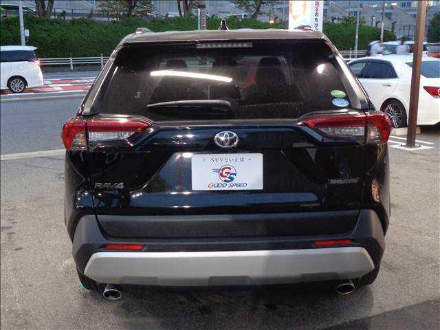 豊田買取専門店!国産SUV・輸入SUV含め、70台以上の展示車両!広い展示場にて在庫を展示しておりますので、快適にご覧頂けます。