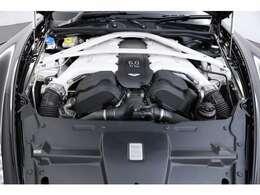 6.0L V型12気筒DOHC、550PS/64.3kgm