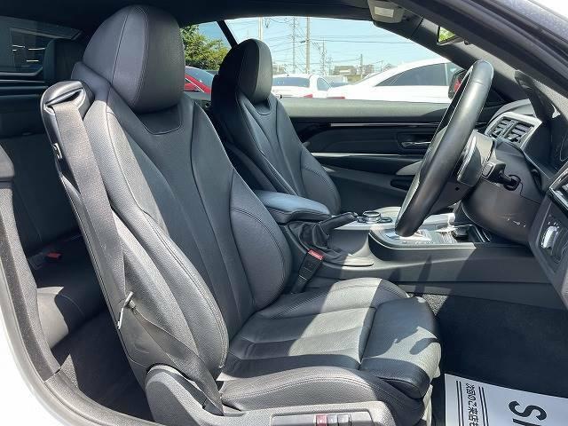 【黒色本革シート】車内に嫌な臭いも無く、シートの状態も◎です!