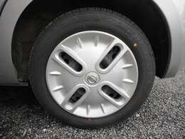 ★純正ホイール!タイヤの溝もまだまだあります!★