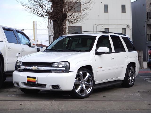 ストリートバージョン 4WD 正規ディーラー車 ドルチェ22インチアルミ ローダウン ストリートバージョンフルエアロ・専用マフラー ウッドコンビハンドル レザーシート パワーシート サンルーフ HID