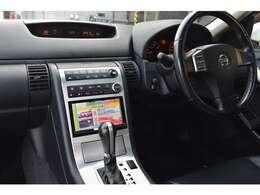 オートライト オートエアコン 禁煙車 HIDライト 215/55/17タイヤ  DVDビデオ再生可