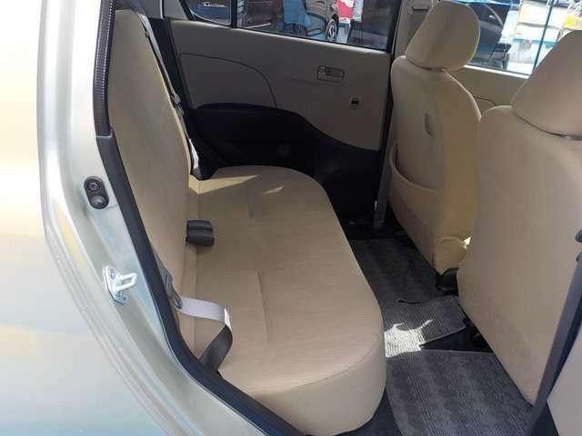 車内もプロによる徹底したクリーニングを実施しております。