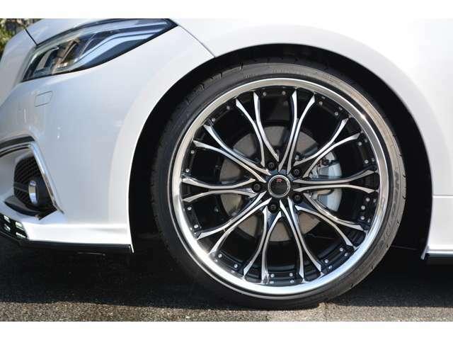 ■乗り心地重視■足回りには乗り心地と安全性を決める重要な部品です。当社では価格重視ではなく、乗り心地と安全性を重視し有名専門メーカー品を使用しております。