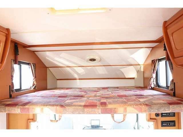 バンクベッドサイズ185×172 3名就寝目安