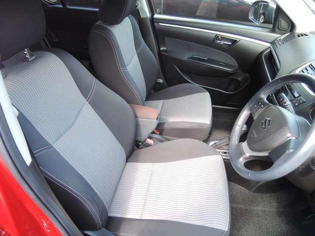 フロントシートです。除菌・消毒もしておりますので、安心してご覧ください!