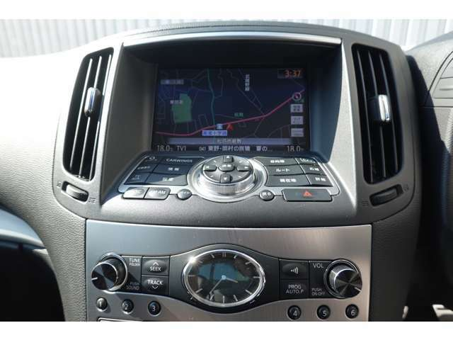 純正HDDナビ・テレビ・CD自動録音・DVD再生・Bluetoothオーディオ・USB端子・Bカメラ