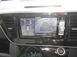 """""""アラウンドビューモニター""""装備!上から見下ろす感覚で駐車する事が出来ます。映像はナビかルームミラーに映ります。メモリーナビを装備!フルセグ・CD/DVD再生・Bluetooth接続等多機能ナビです。"""