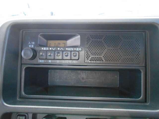 オーディオはスバル純正ラジオ付き!!ナビゲーションや地デジTV、便利なブルートゥースモデル等にシステムアップをご検討の方はお得なナビプランもご用意しておりますのでお気軽にご相談下さいね!!!