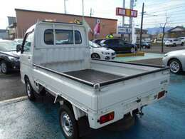 日本全国どこでも『県外登録』&『遠方納車』可能です!!遠方にお住まいの方で実車をご覧いただけない方にはメールで画像をお送りすることも可能です!!まずはお気軽に販売担当『中村』までご連絡下さいね!!!