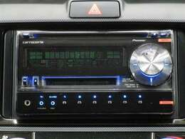 社外オーディオ付き♪CD・AM・FMが聞けます☆シンプルだから使い勝手も良く、操作も簡単です!お気に入りの選曲で、通勤・ドライブを快適にどうぞ♪※別途費用で最新ナビのお取り付けも可能です。