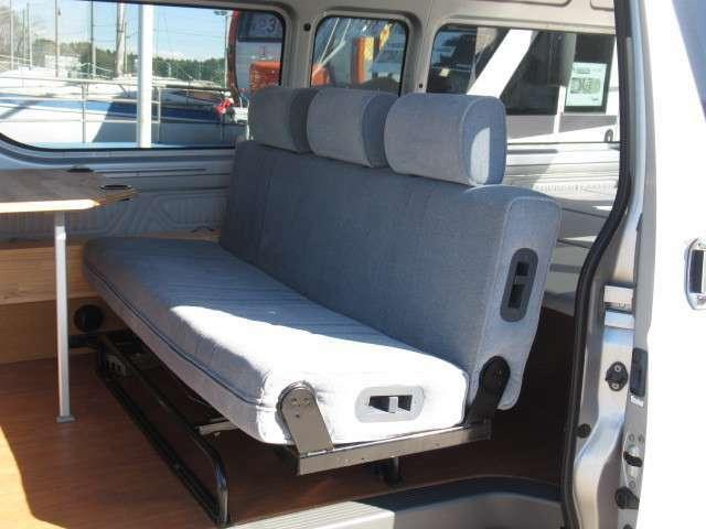 セカンドシートはファスプシートを使っています。
