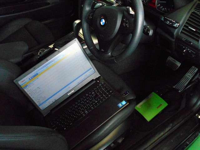 BOSCH車両診断機にてコンピューター診断テスト済です。目に見えないセンサー類までチェックし不具合ございましたら、交換し納車致します。コンピューターもクリーンな状態で納車致します。