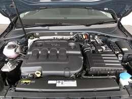 ディーゼルターボエンジン。
