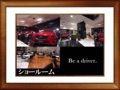 中々見れない夜のショールーム☆話題のあの車も展示してますよ♪