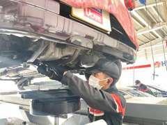 大切な愛車のパーツ類をご購入から1年間無料保証(走行距離無制限)全国2000以上の信頼の日産サービス工場で全国どこでも修理