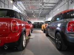 BMWPremium Selection札幌東ではMINI NEXT認定中古車も多数展示しております。 BMW MINI 両ブランドをお楽しみください