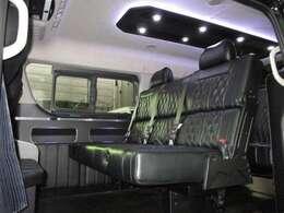 FEELオリジナルトランスフォームVer.8の車中泊モデルタイプ2!セカンドシートはREVO対面シート特化型iシートBタイプ!