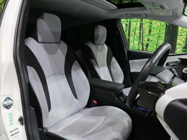 抗菌・消臭・防汚に最適!!【ナノゾーンコーティング】の施工もオススメです。光触媒で紫外線を受けることによって車内をクリーンに保つことができます。