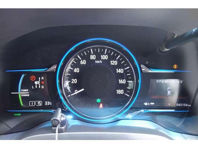 透視性の高いスピードメーター!運転席からの視界も良好です!