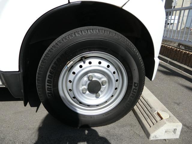 タイヤは3分山くらいです。
