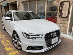 アウディ S6 の中古車 4.0 4WD 東京都板橋区 370.0万円