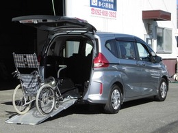 ホンダ フリード+ 1.5 G 車いす仕様車 席数5+車いす1脚 154部位1年保証