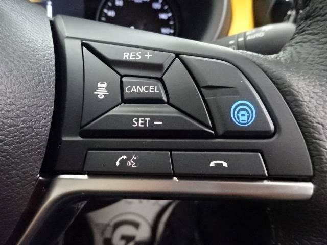 【プロパイロット】ドライバーに代わってアクセル、ブレーキ、ステアリングを自動で制御。高速道路などの運転をサポートします☆