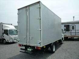 最大積載量2000Kg 車両総重量5245Kg