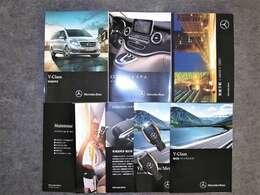 各種取扱説明書、記録簿、スペアキー等ございます。記録簿H29年~R1年 合計5枚残っております。毎年欠かさず正規ディーラーにて点検整備をしてきた素晴らしいお車です。
