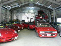 イタリア車の本当の価値が理解出来るのはやはり専門店のみです。
