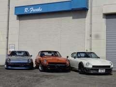 旧車・オープンカーなどは野田店の大型倉庫屋内保管!!雨天の日でもゆっくりご覧頂けます!!
