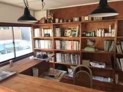 木と漆喰の落ち着ける空間です。内装の柿渋はウイルスに有効!