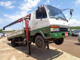 当社は軽自動車からバン、トラック、クレーン、ダンプ、重機を全国そして海外に販売している自動車会社です。