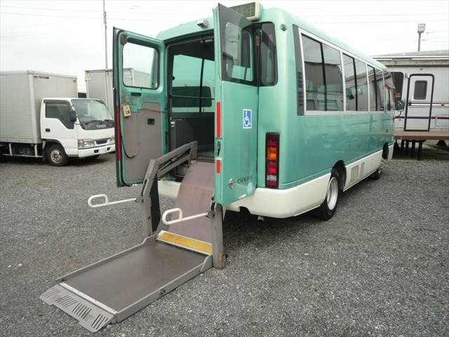 KK-BVW41 4200ccディーゼル  条例対応PMマフラー付きです!東京都でも所有走行OKです!旧オートマ限定普通免許で運転できます!
