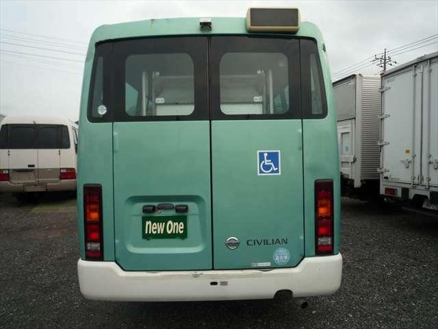 10人乗り 車両総重量4450Kg 旧オートマ限定普通免許で運転できます!