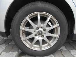 アルミ付、タイヤも残り溝充分!タイヤサイズは185/65/R15